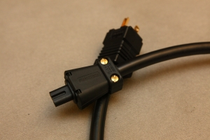 TFS VP-8G, Viablue 八字電源線 鍍金公母頭版本 1.0米