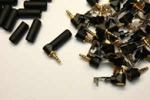 ER-04 Switchcraft 3.5mm 發燒鍍金耳機插頭 L型,黑色外殼,本體鍍金 / 一個